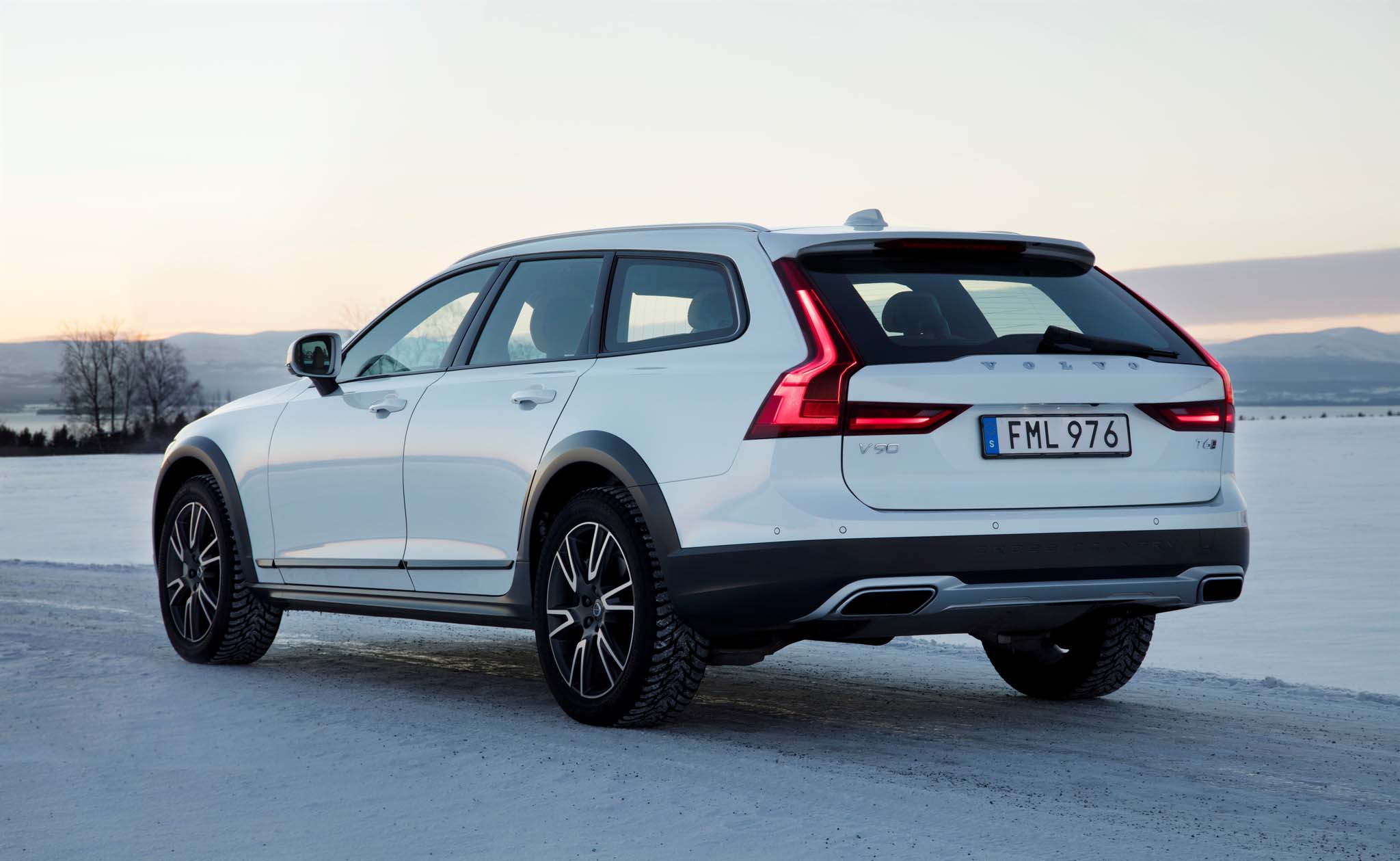 Volvo V90 Cross Country I 2016 - now Station wagon 5 door #3