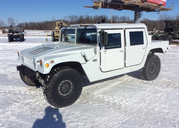 AM General HMMWV (Humvee)