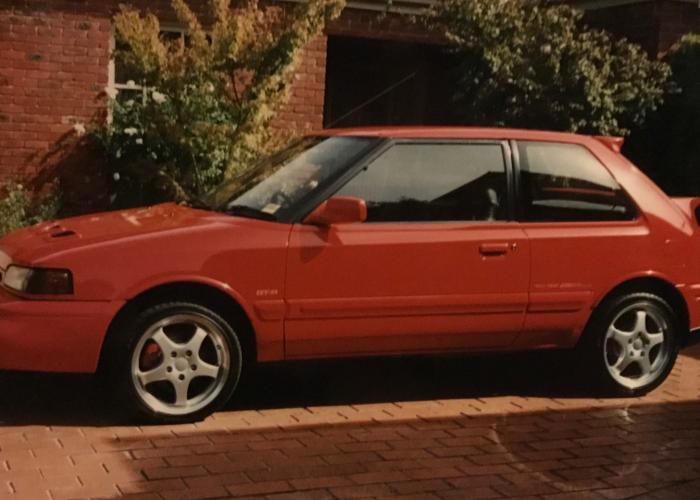 Mazda Familia