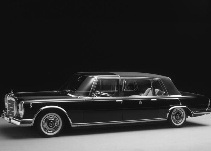 Mercedes-Benz W100