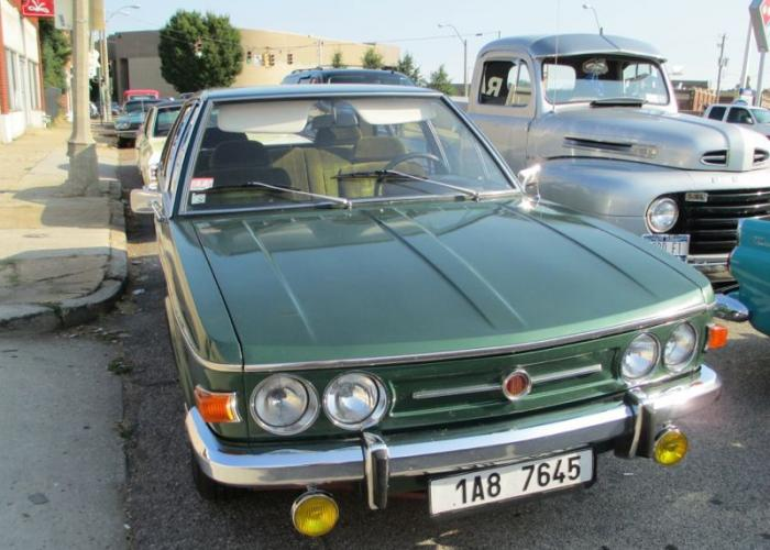 Tatra T613